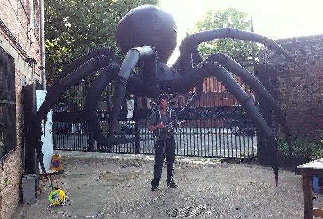 L'araignée géante de Louise Bourgeois aux Tuileries